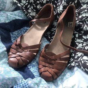 Brown Clarks bendables sandals, size 11,